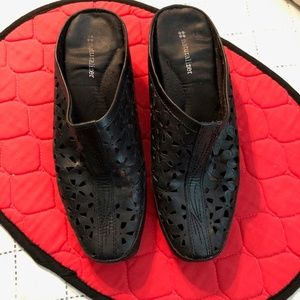 Black Slip-on Mules by Naturalizer